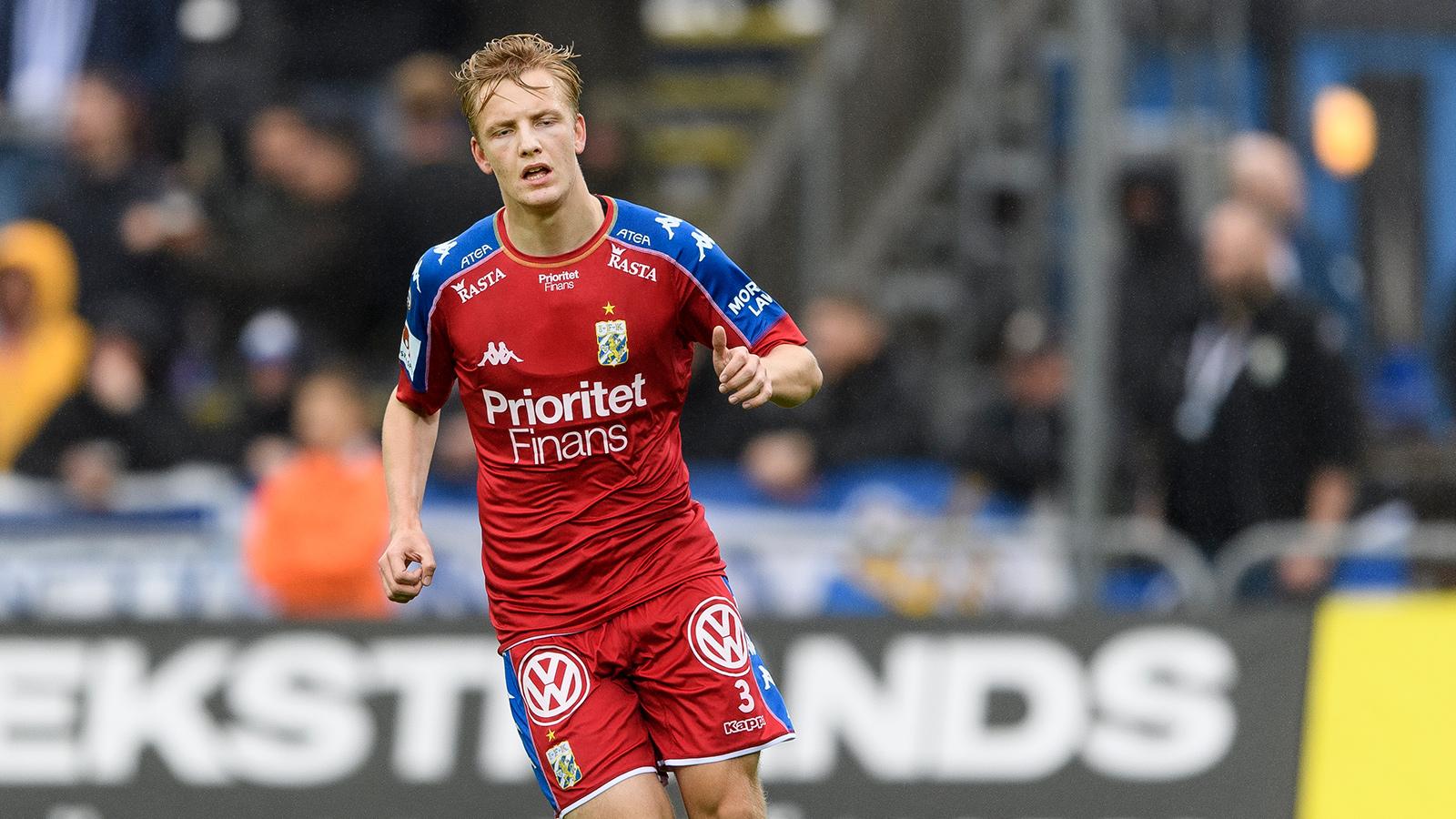 171014 IFK Göteborgs Billy Nordström under fotbollsmatchen i Allsvenskan mellan Halmstad och IFK Göteborg den 14 oktober 2017 i Halmstad.