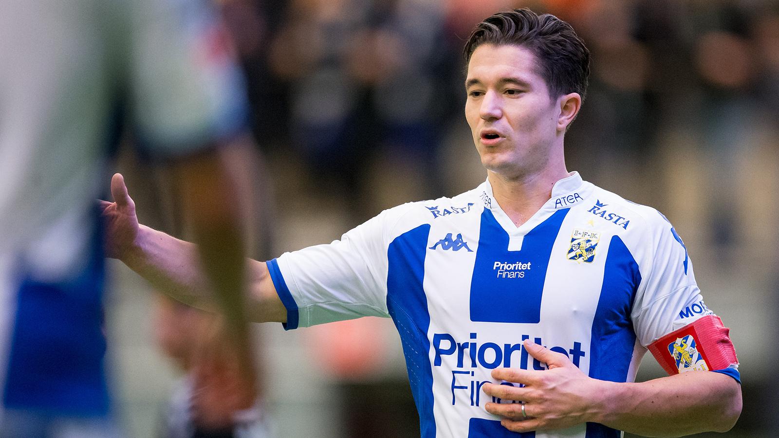 180120 IFK Göteborgs David Boo Wiklander under en träningsmatch i fotboll mellan IFK Göteborg och Ålborg den 20 januari 2018 i Göteborg.