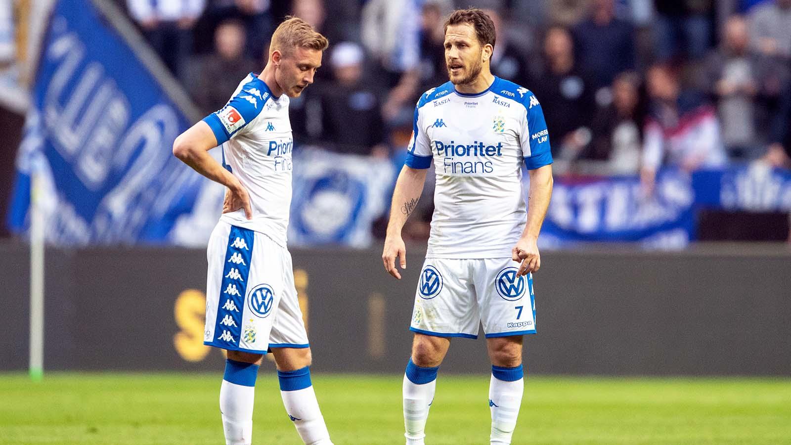 180422 IFK Göteborgs Sebastian Ohlsson och Tobias Hysén deppar under fotbollsmatchen i Allsvenskan mellan AIK och IFK Göteborg den 22 april 2018 i Stockholm. Foto: Andreas L Eriksson / Bildbyrån / kod AE / Cop 106