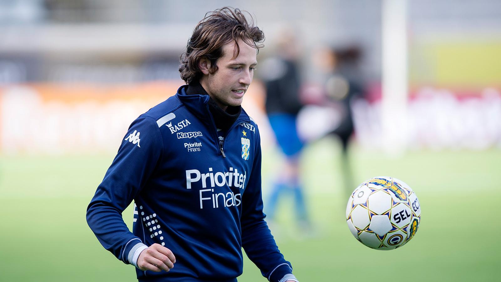 170422 Mikkel Diskerud under en träning med IFK Göteborg den 22 april 2017 i Göteborg.