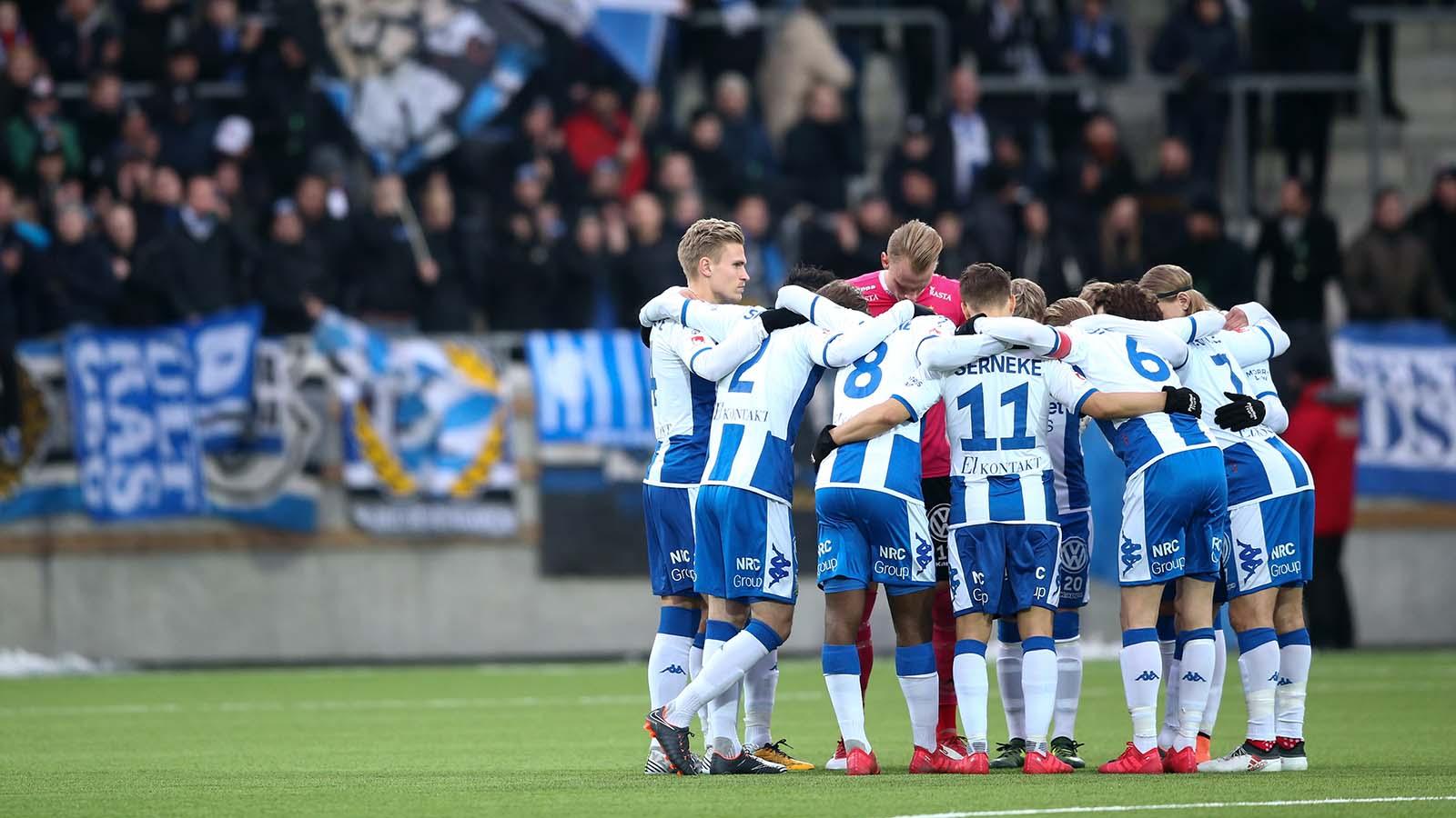 180217 IFK Göteborgs spelare inför en fotbollsmatch i Svenska Cupen mellan IFK Göteborg och Varberg den 17 februari 2018 i Göteborg. Foto: Michael Erichsen / BILDBYRÅN / Cop 89