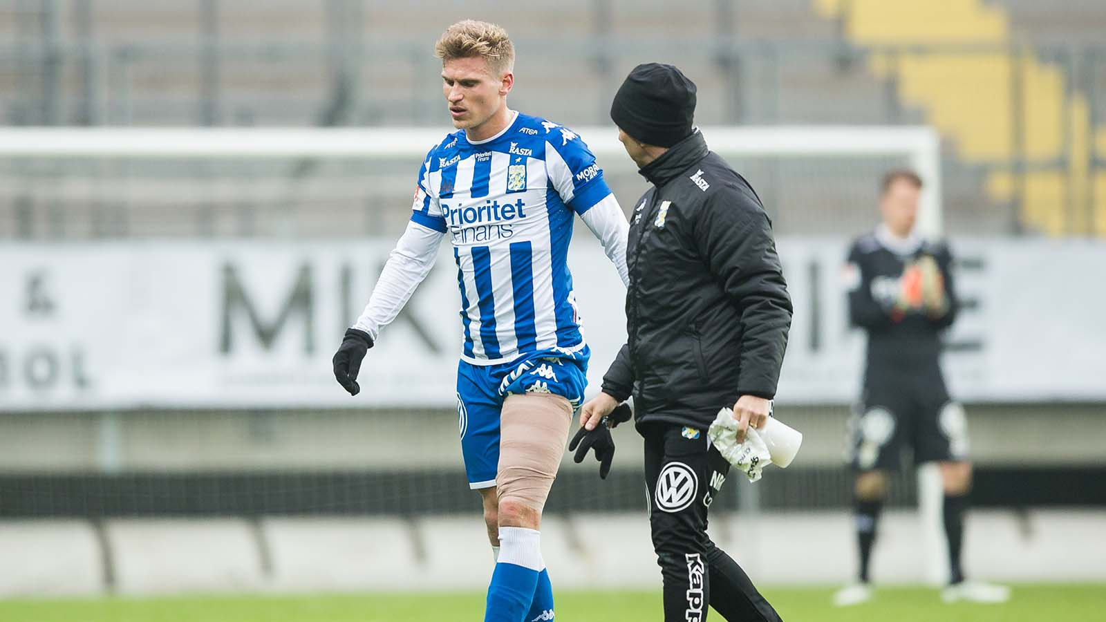 180324 IFK Göteborgs Carl Starfelt tvingas lämna med skada under en träningsmatch i fotboll mellan IFK Göteborg och Örgryte den 24 mars 2018 i Göteborg. Foto: Michael Erichsen / BILDBYRÅN / Cop 89