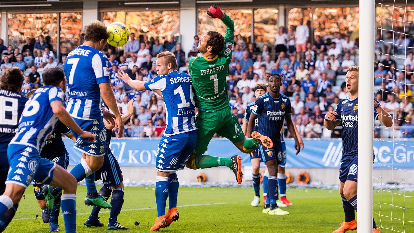 180524 IFK Göteborgs Tobias Hysén gör 1-3 under fotbollsmatchen i Allsvenskan mellan IFK Göteborg och Djurgården den 24 maj 2018 i Göteborg. Foto: Carl Sandin / BILDBYRÅN / kod CS / 57999_356