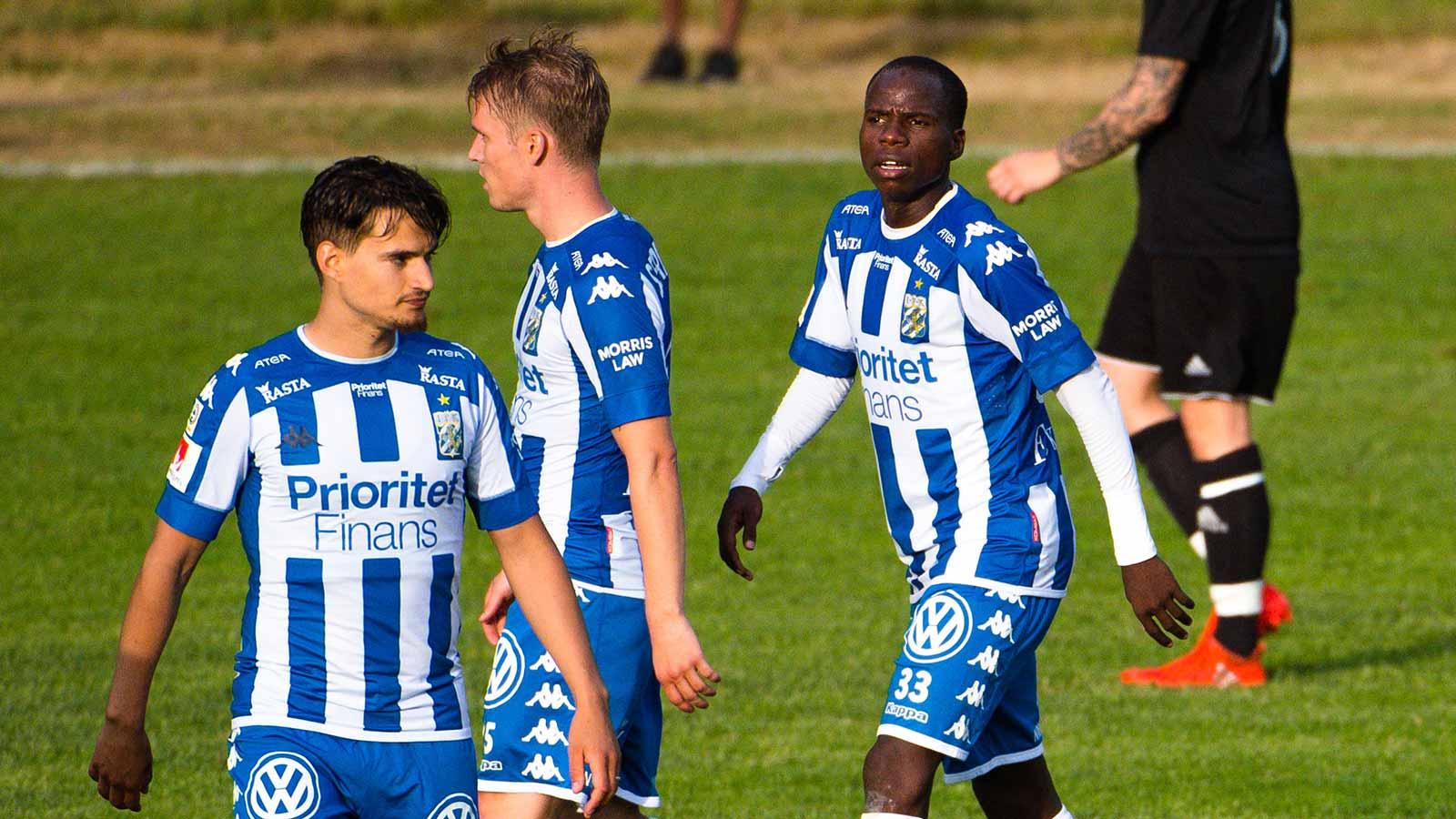 180611 IFK Göteborgs Amin Affane under en träningsmatch i fotboll mellan en dalakombination och IFK Göteborg den 11 juni 2018 i Nyhammar. Alhassan Yusuf