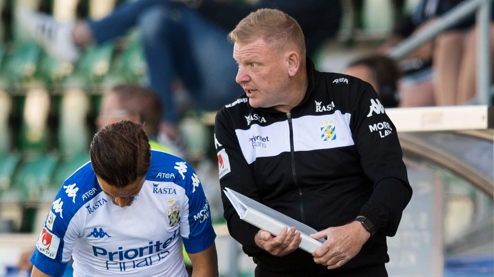 180527 IFK Göteborgs assisterande tränare Alf Westerberg, Amin Affane under fotbollsmatchen i Allsvenskan mellan GIF Sundsvall och IFK Göteborg den 27 maj 2018 i Sundsvall.