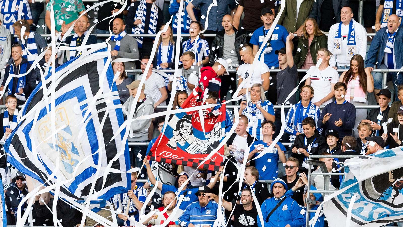 180714 Publik under fotbollsmatchen i Allsvenskan mellan IFK Göteborg och Örebro den 14 juli 2018 i Göteborg. Foto: Krister Andersson / BILDBYRÅN / Kod KA / Cop 147