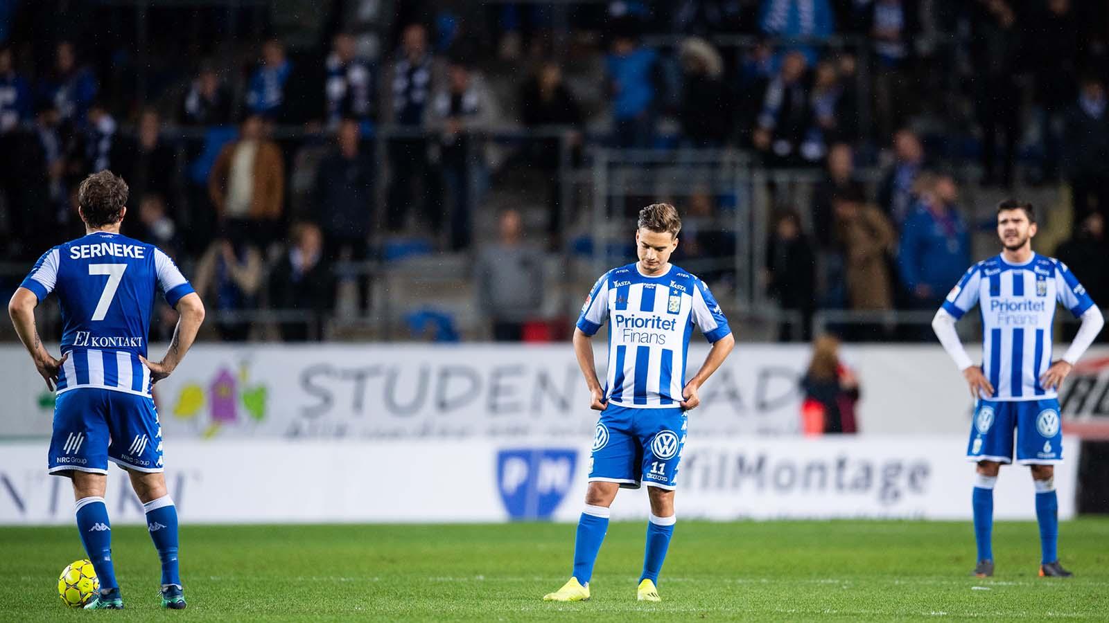 180927 AIK:s Stefan Silva deppar efter 2-0 under fotbollsmatchen i Allsvenskan mellan IFK Göteborg och AIK den 27 september 2018 i Göteborg. Foto: Carl Sandin / BILDBYRÅN / kod CS / 57999_383