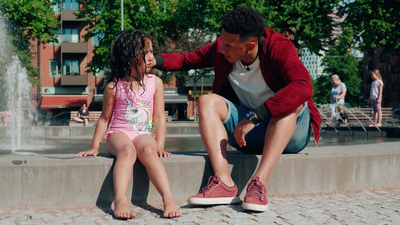 Häng med Tobias och Alessandra